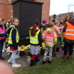 09.11.18 leerwandeling naar gedenkzuil kerkplein