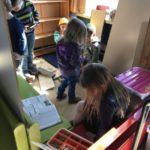 Echte werkgiraffen in de klas: we bouwen ons eigen huisje!